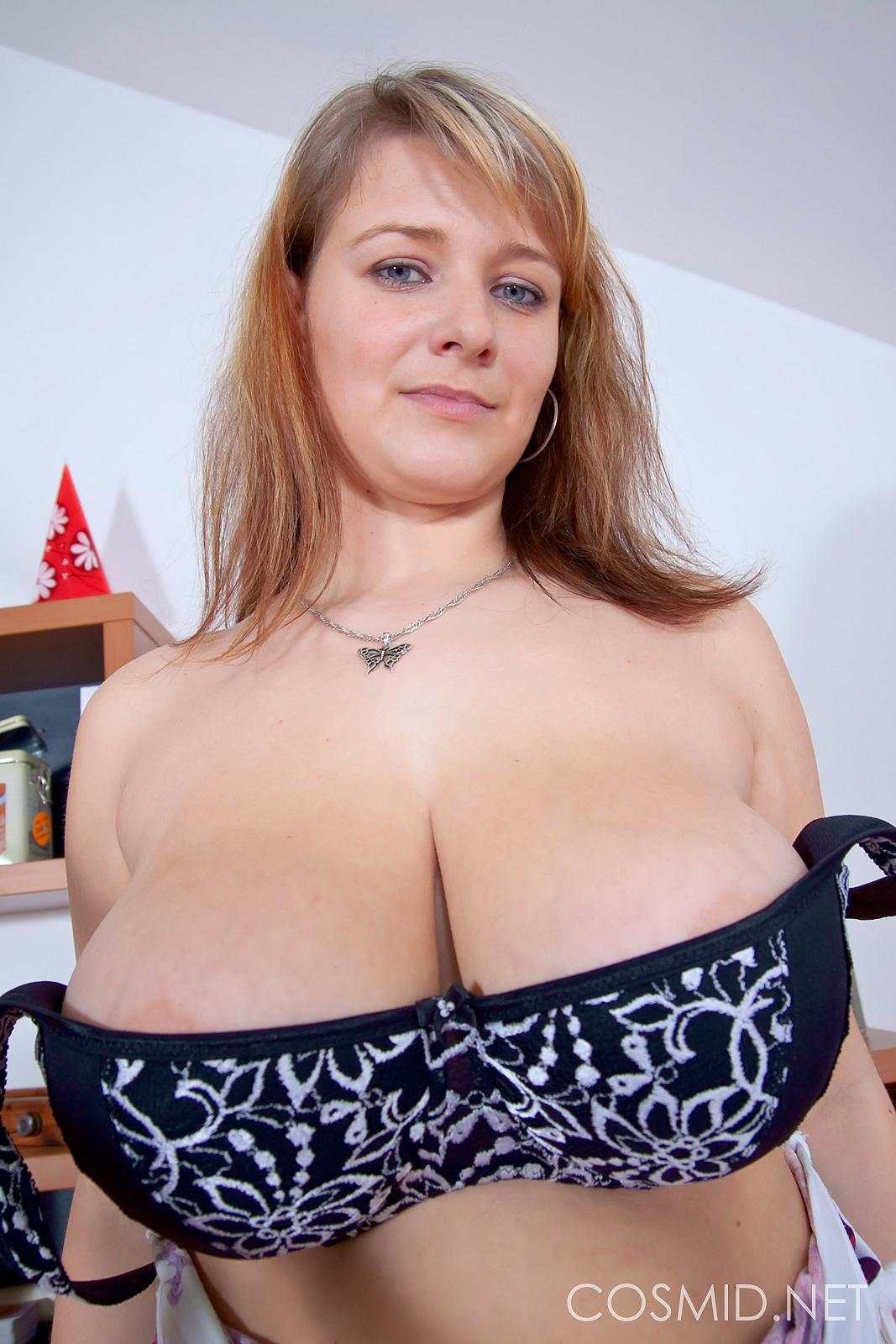 Jane cosmid big tits naked