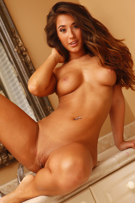 Eva lovia naked girl