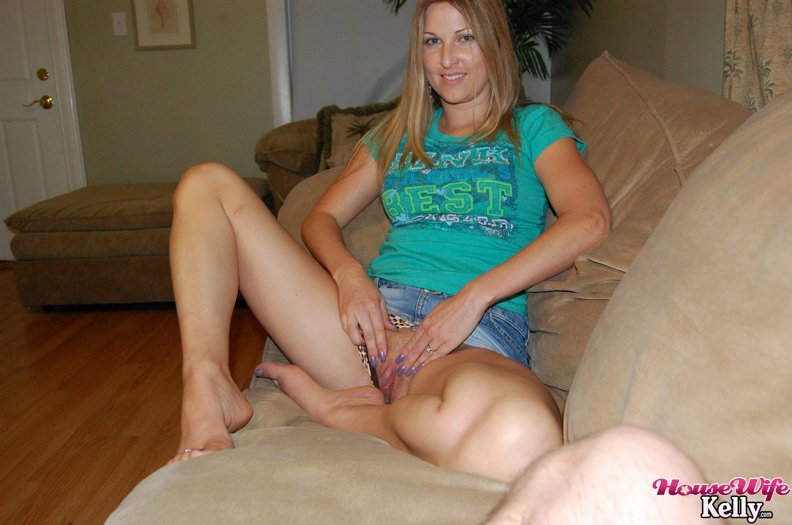 Housewife kelly creampie