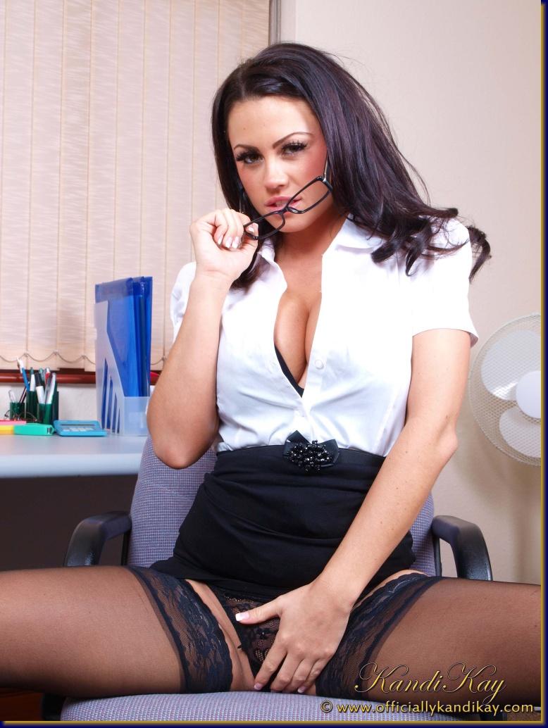 deepthroat videos Body builder domination female it's fake..... Xxx She