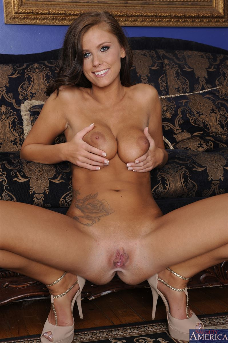 davina veronica naked photo