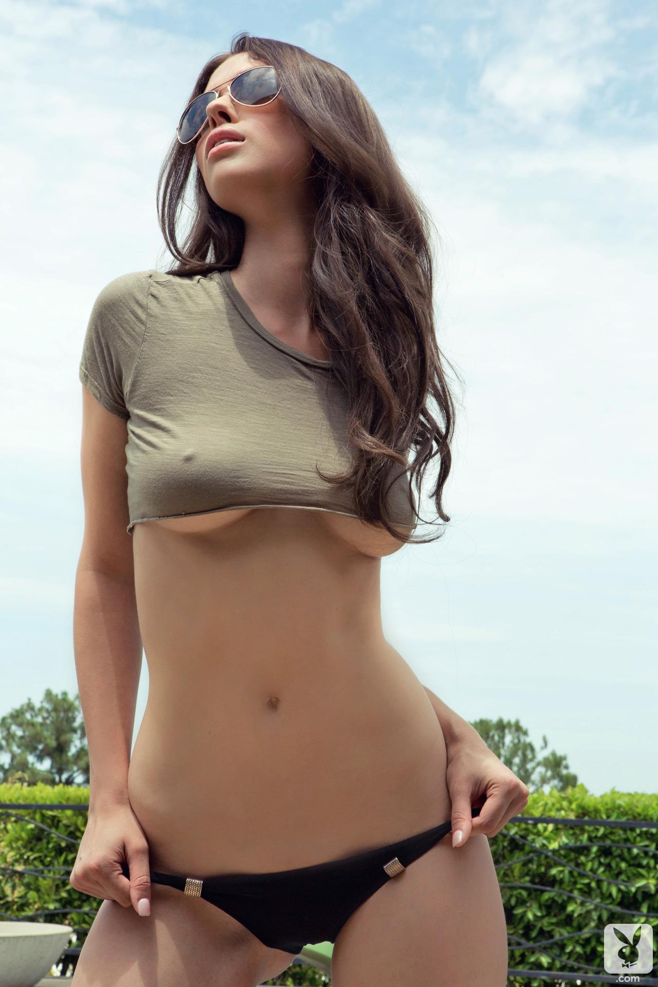 Фото красивая молодая грудь девушек 13 фотография