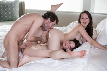 Lesbian sex x art