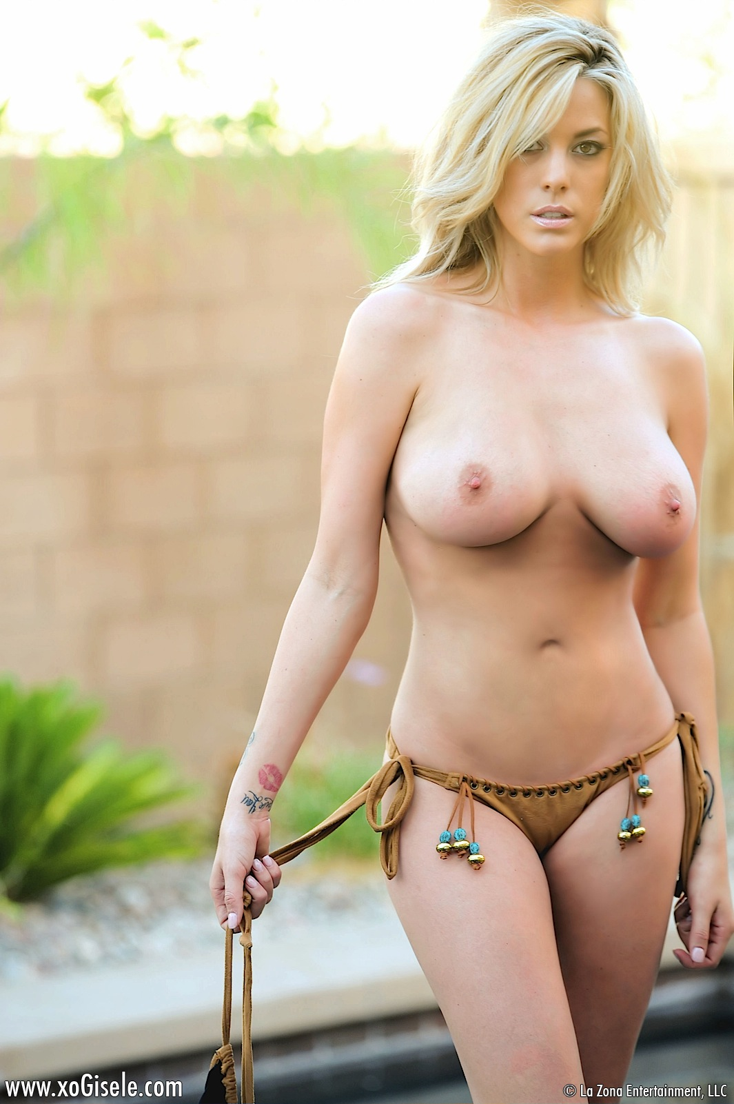 Pity, that Hot sexy busty blonde bikini girls