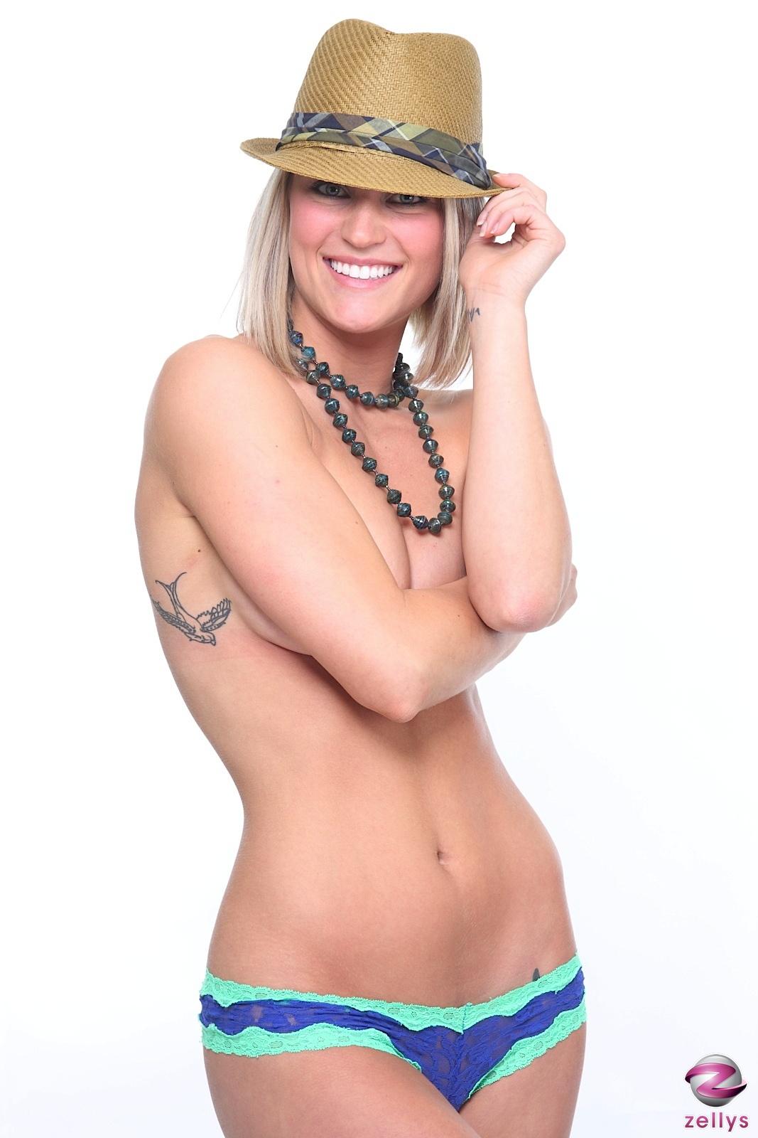 Nude webcam shows videos